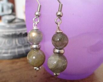 Very pretty earrings with labradorite.