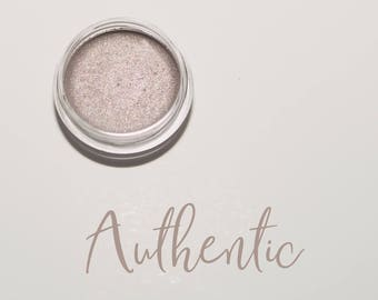 Organic Mineral Eye Shadow in Authentic