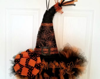 Witch Hat Wreath | Witches Hat Door Hanger | Halloween Decor | Halloween Wreath | Witches Hat | Halloween Tulle Wreath | Holloween Wreath