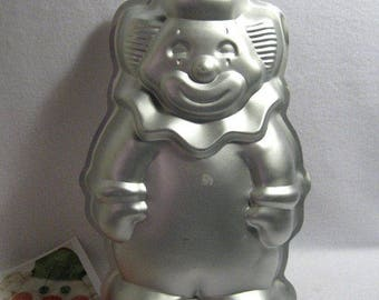 Wilton Circus Clown Cake Pan  #2105 9401