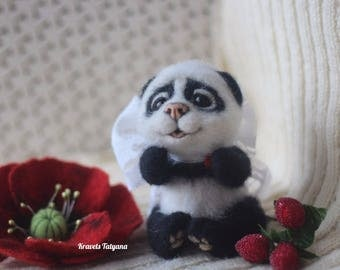 Needle felted panda bear, felt panda, Felted panda bear, needle felted animals, felt ornaments, figurine bear, sculpture panda, mascot, toys