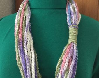 Chain scarf