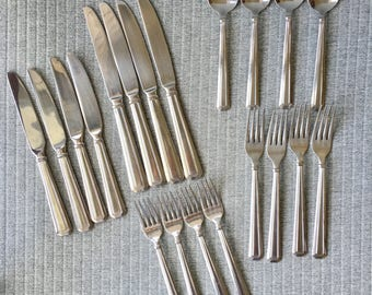 Set of 20 Oneidacraft Modern Deco Cutlery Knives, Forks and Spoons