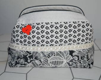 make-up / toiletry bag or