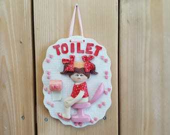Vintage Resin Girl Bathroom Sign Toilet Wall Art Hanging Women's Bathroom Restaurant Decor Pink Red and White Funny Cute