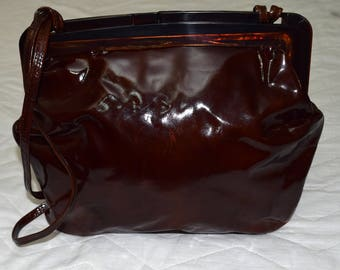 Vintage REGHI Italy leather women bag brown patent leather Lucite Handle with Patented Slide Closure