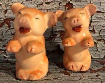 Vintage Japan Ceramic Pig Salt and Pepper Shakers