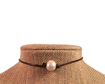 Pearl Choker Brown Leather Pearl Necklace by JL Jewelry & Novelties