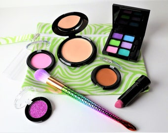 Pretend Makeup Set - Mermaid Makeup - Fake Cosmetics - Kid Makeup - Play Lipstick - Pretend Eye Shadow - Mess Free - Realistic