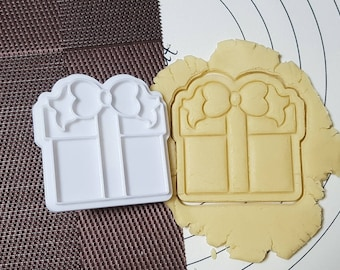 Gift Box Cookie Cutter and Stamp