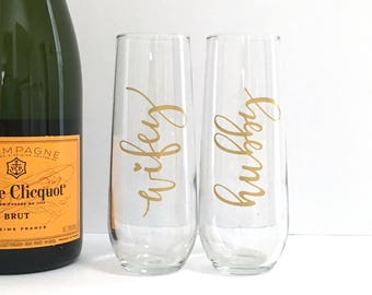 Hubby Wifey Champagne Flutes - Gold Husband and Wife Toasting Glasses - Engagement - Bridal Shower - Newlyweds - For the Couple