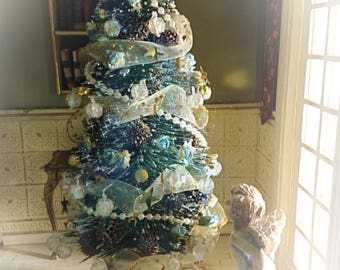 Blue Christmas Tree, Dollhouse 1/12.