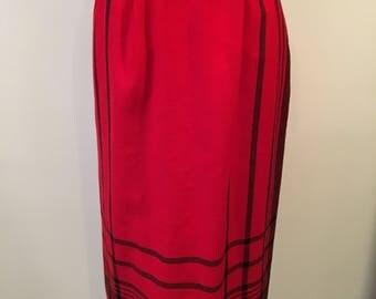 Straight skirt in wool