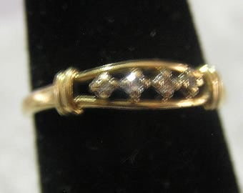 Vintage 14 K Solid Gold Diamond Wedding Band