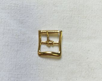 2 square earrings. 15mm. Gold tone metal