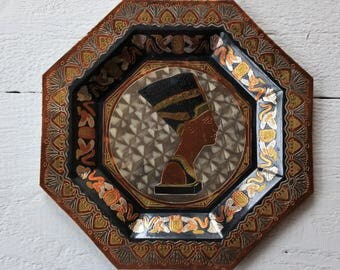 Vintage brass plate Wall hanging plate Cleopatra plate Egyptian queen Nefertiti plate Hexagon plate Copper plate Antique plate parents gift
