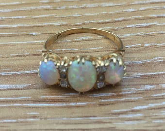 Victorian 18 ct gold ring 3 OPAL 6 DIAMOND