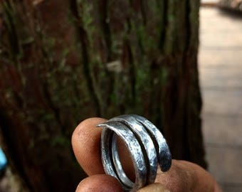 Hand forged winding iron ring