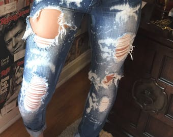 Bleached distressed jeans