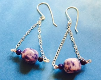 Lapis and Sodalite on a swing.