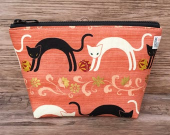 Black & White Cats Makeup Bag Handmade Japanese Fabric Zipper Pouch Zippered Travel Bag Cosmetics Cosmetic Case Toiletry Toiletries Kawaii