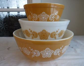 3 vintage PYREX BUTTERFLY GOLD mixing bowls 401-402-403