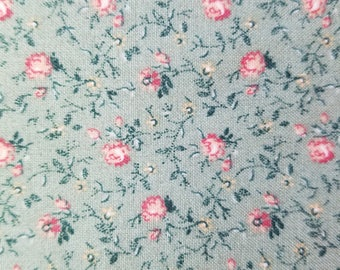 Vintage Small Pink Flowers on Green