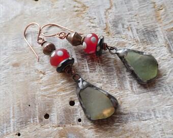 Earrings ethnic and poetic, glass Lampwork handmade beads, pewter.