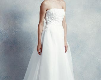Flora / A-line wedding dress with straight neckline, sequin beaded lace & court length train