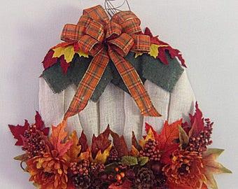 Fall Wreath, Pumpkin Wreath, Front Door Wreath, Fall Harvest Wreath, Outdoor Wreath, Whimisical Wreath, Door Decor, Burlap Wreath, Wreath.