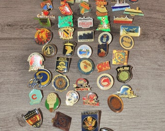 set of 78 pins USA various provenance