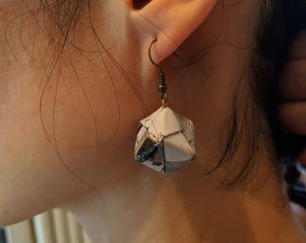 Origami manga cube earring