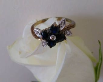 Vintage Brooks & Bentley Flower Ring.   Boxed   Size UK J.