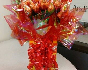 Customized kisses candy bouquet