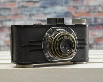 Vintage Argus 35mm Anastigmat Film Camera