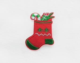 1x CHRISTMAS STOCKING patch - logo red green peppermint holidays decorations present winter DIY project - Iron On Embroidered Applique