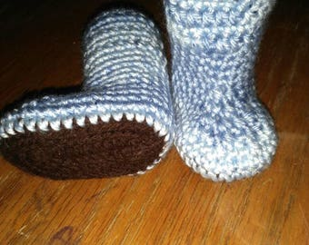 Infant booties,  baby boy booties,  hand crocheted,  shower gift