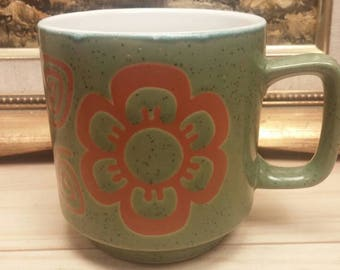 Classic AVOCADO with Burnt Orange/Brown Flowers Hornsea Style MUG in Excellent Condition!