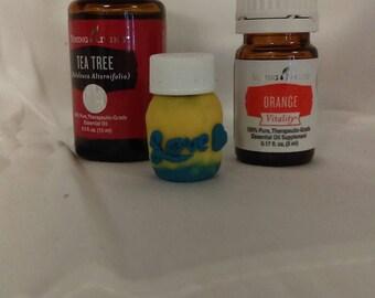 2mL essential oil bottle