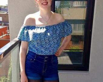 Blue Floral Off-the-Shoulder Blouse – Size S/M