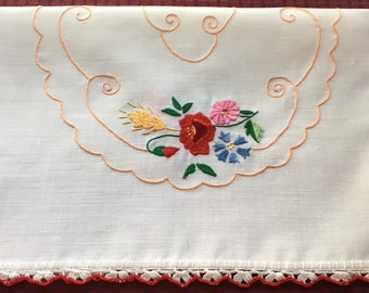 Vintage Hand Crafted Linen Table Runner Dresser Scarf with Beautiful Embrooidery