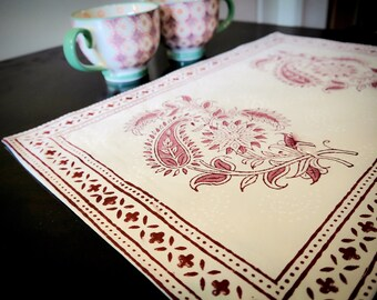 White and Pink hand block printed table mat/placemats & table napkins/dinner napkins/table linen/table decor/ tea towels