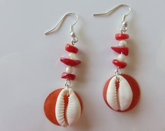 "Earrings ""Manae"" on sequin cowrie shell mother of Pearl"
