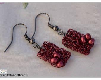 Crochet Wire Earrings / Wire Jewelry / Wire Earrings / Red Earrings / Dangle Earrings / Beaded Earrings / Hand Crocheted Earrings / Simple