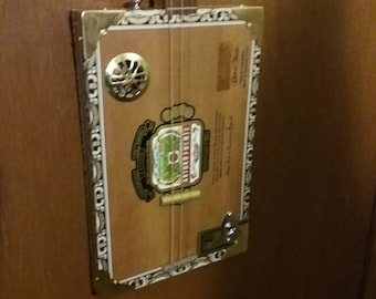 Sweet Cigar Box Guitar electric and acoustically