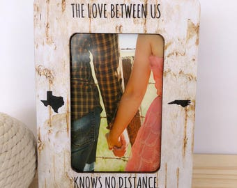 Long Distance Relationship GIFT Personalized Frame The Love Between Us Knows no Distance Gift Long Distance Husband Wife Frame
