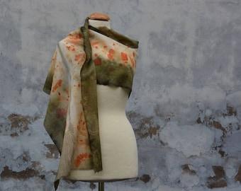 Light green scarf, orange, eco-print, merino wool, hand dyed, hand made from the FILZHAUS16