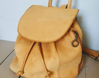 Heavy duty leather backpack purse. Vintage leather 90s backpack purse
