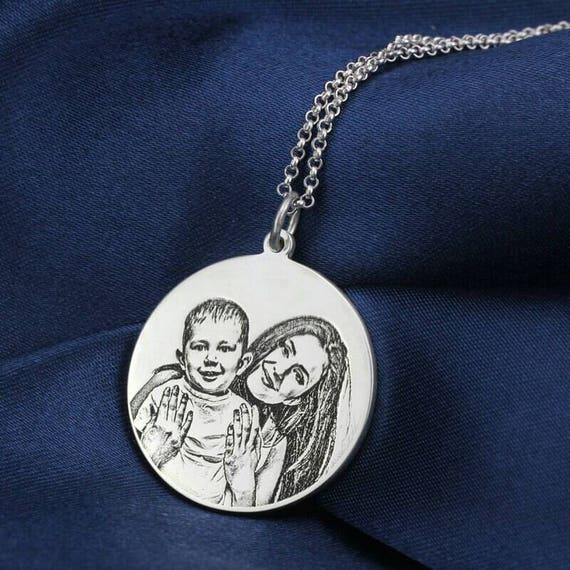 engraved photo necklace picture necklace photo engraved