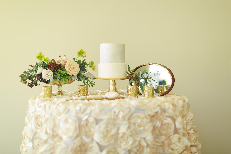 Rosette tablecloth | rosette table linen | rosette table overlay ...